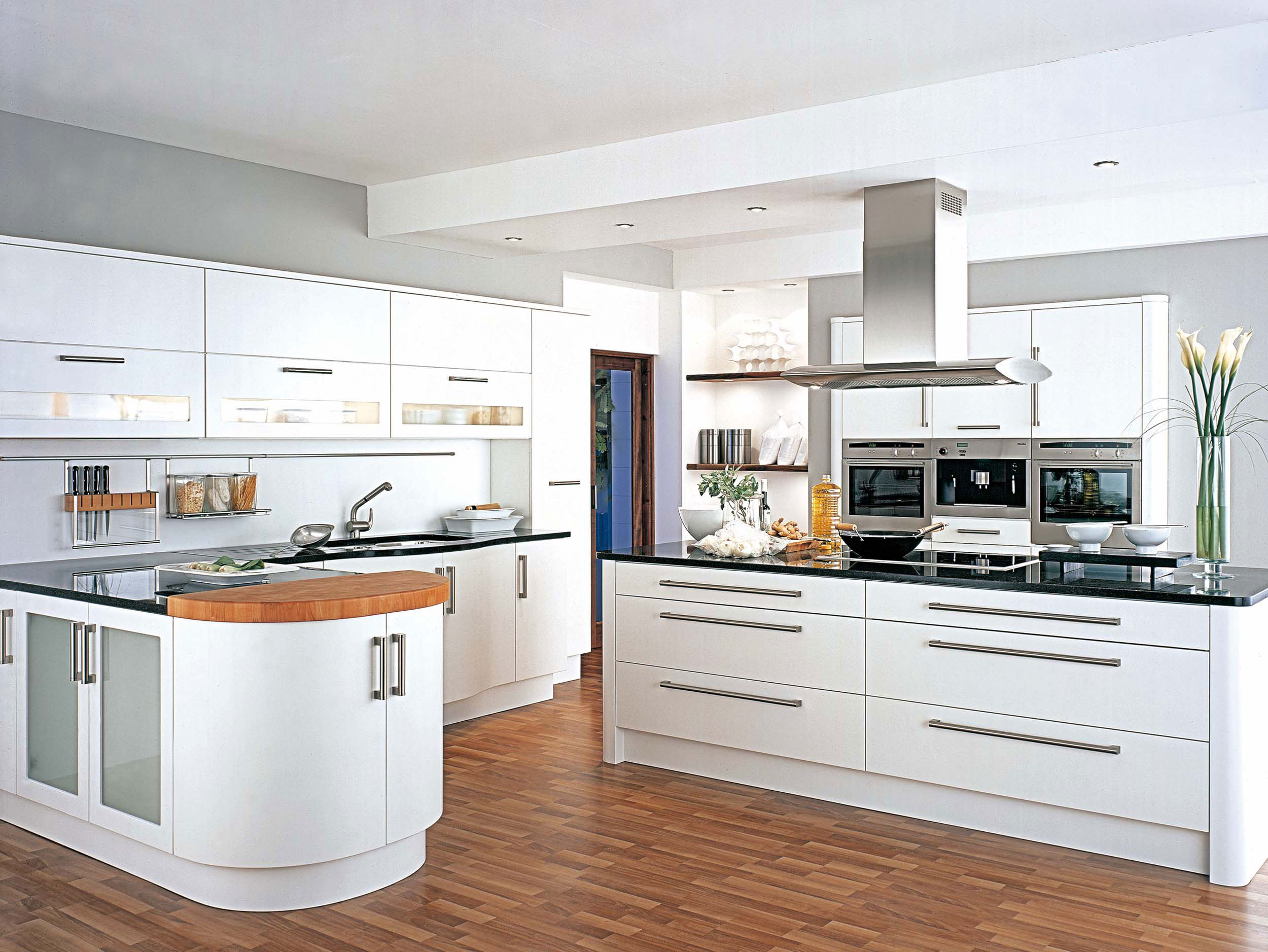 Amazing White Kitchen Design 2500 x 1877 · 453 kB · jpeg